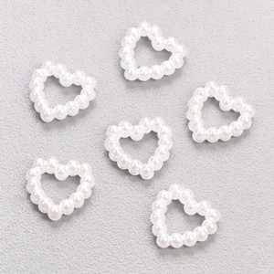 Перлени сърца 1 см, бели - 25 бр.
